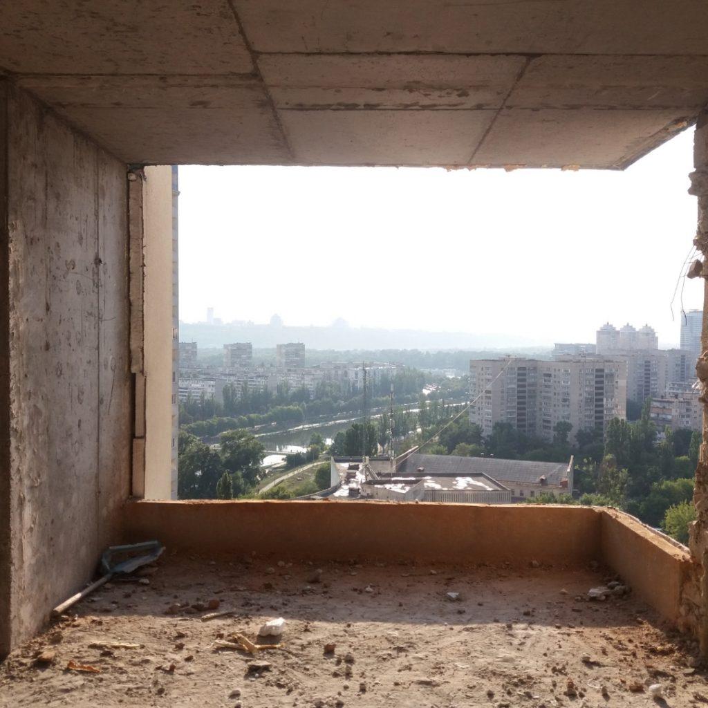 Демонтаж балкона, демонтаж стін
